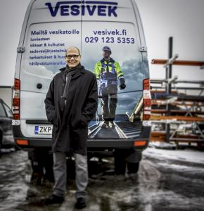 Esa Mäki Nesco-konsernin toimitusjohtaja.