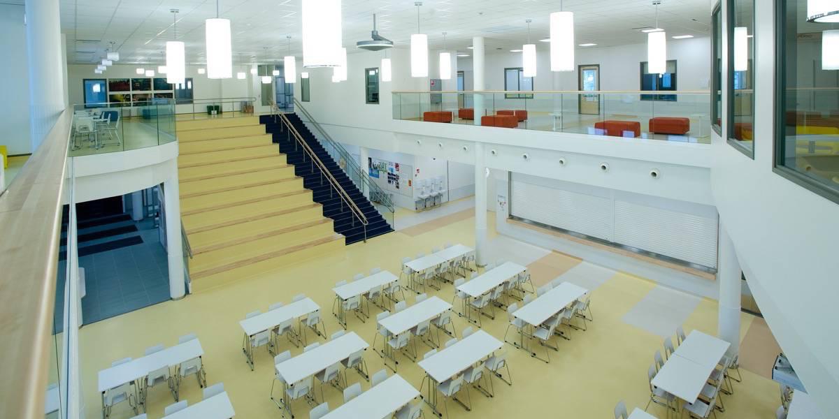 Karhuvuoren koulu