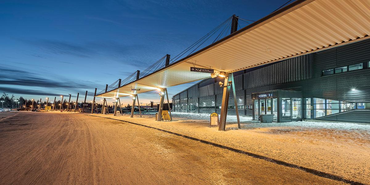 Rovaniemen lentoasema kasvaa turismin imussa