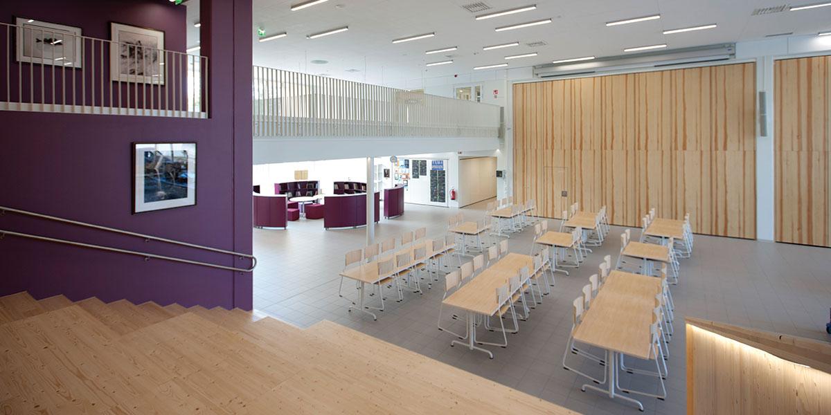 Chydeniuksen alakoulu Kokkolassa on käyttäjiensä näköinen koulurakennus