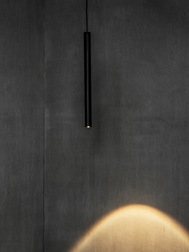 """Sisustusarkkitehti Esa Vesmanen: """"Valon käyttö on tilan muotoilua"""""""