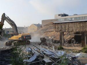 Rakennus ja purkumateriaalien purkua