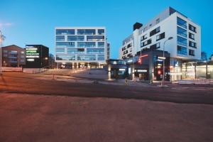 Kauppakeskus Lauttis ja asuintalot